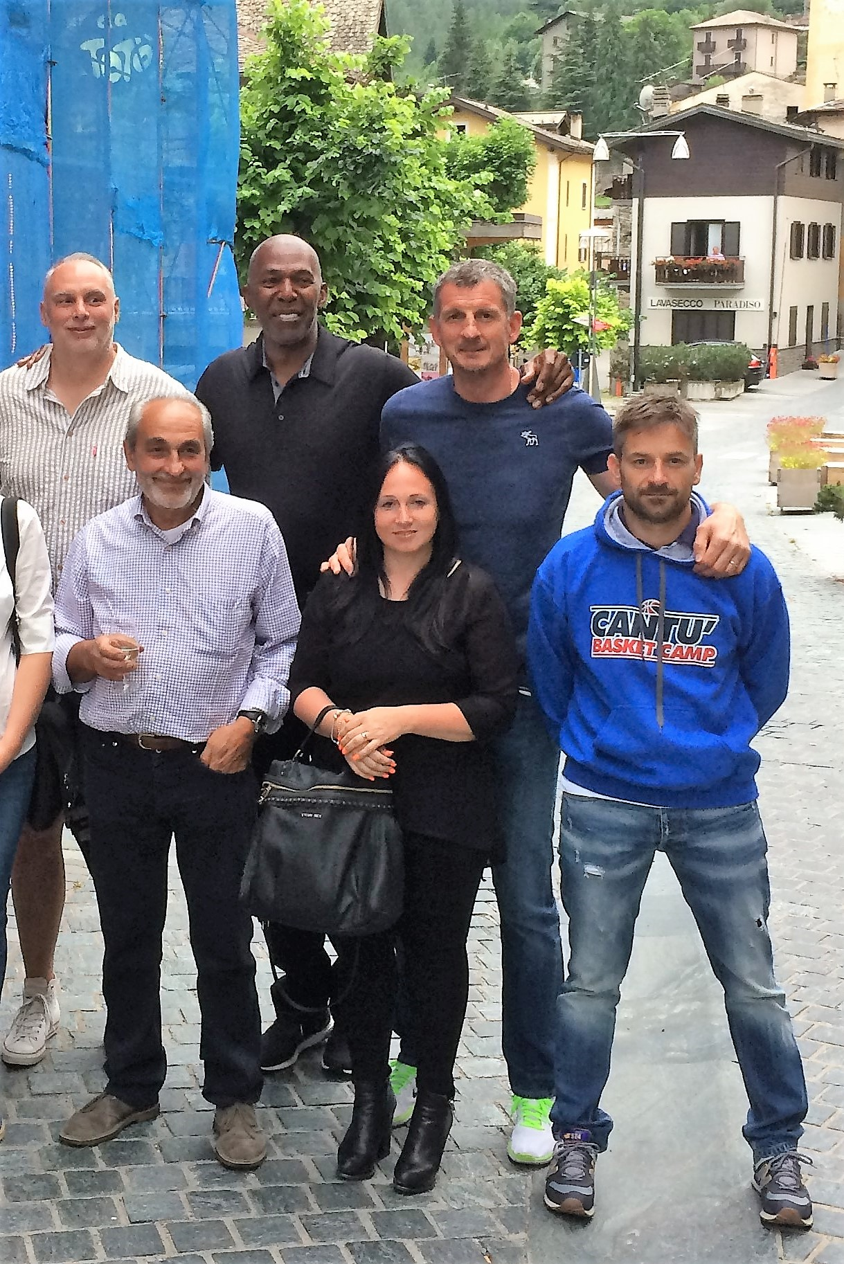 Thurl Bailey porta l'NBA in Valmalenco grazie al 18° Cantù Basket Camp